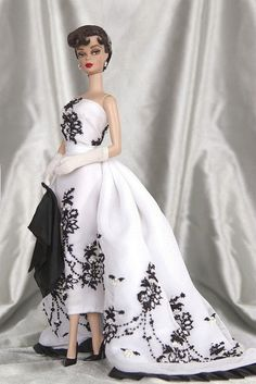 Audrey Hepburn in Sabrina Barbie? Yes, please! I adore this!