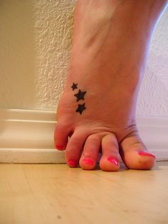 tattoo idea, tattoo placements, feet tattoos, star tattoos, stars, small tattoos, a tattoo, kids, sister tattoos