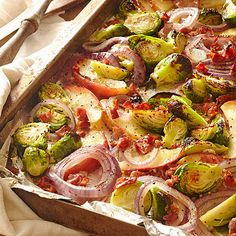 Your guests will appreciate this healthy side dish at your holiday table! More healthy recipes: http://www.bhg.com/recipes/entertaining/dinner/delicious-easy-heart-healthy-side-dishes/?socsrc=bhgpin110613roastedbrusselssproutswithappleandpancetta&page=20
