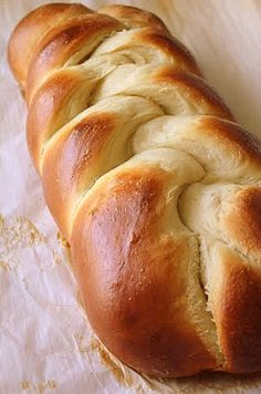Janes Sweets & Baking Journal: breakfast breads - egg bread,Challah  #Bread