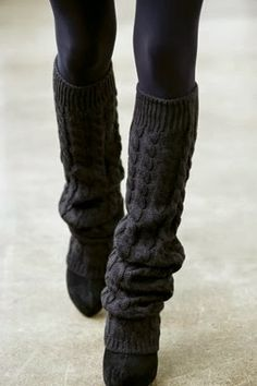 Black leggings, black leg warmers, and black shoes - cute