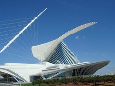 milwaukee museum:: santiago:: dying to go here