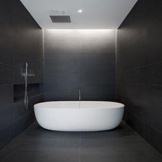 black bathroom tiles, modern bathroom styling