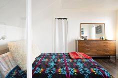 Thayer's Modern Beachy Apartment #pendleton