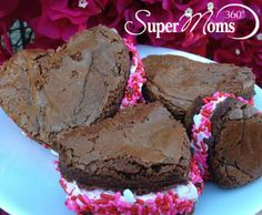 Sweet Brownie Sandwiches - These sweet sandwiches are easy to make and look really pretty on your table, too! Tags: easy desserts | brownie desserts | valentines day desserts | valentines day treats | SuperMoms360.com