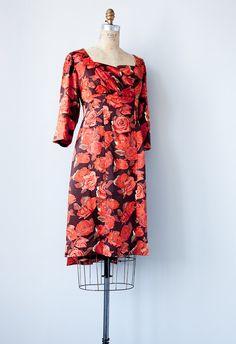 vintage 1960s dress / vintage 1960s cocktail dress / 1960s wiggle dress / vintage party dress
