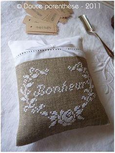 burlap, cross stich, craft, pillow, broderi
