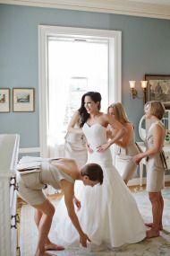 Elegant Fall Berkshires Estate Wedding at The Mount: http://www.stylemepretty.com/massachusetts-weddings/lenox/2014/08/21/elegant-fall-berkshires-estate-wedding-at-the-mount/ | Photography: Sweet Monday - http://sweetmondayphotography.com/