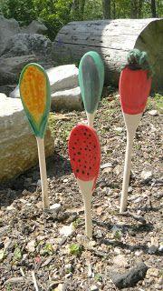 kid garden, kid projects, chalkboard paint, garden markers, gardens, kids, garden activ, kid crafts, wooden spoons