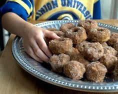 Baked Pumpkin Donuts and Donut Holes, just like cake donuts, warm with spices, coated with buttery sugar. A really special fall treat. #WeightWatchers #PP3 #AVeggieVenture