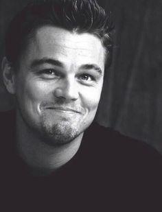 Leonardo DiCaprio. ok he looks SO ADORABLE HERE