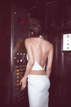 Oyster 99. Model: Shalom Harlow. Dress: Thierry Mugler. Photo: Cass Bird.