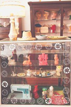 art inspir, shop, distance, blog inspir, vintage stuff, red velvet, buttons, display cases, boothstor inspir