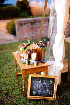 'photo booth' wedding ideas