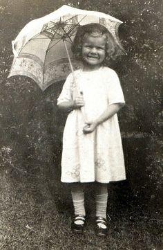 Dorothy and Umbrella