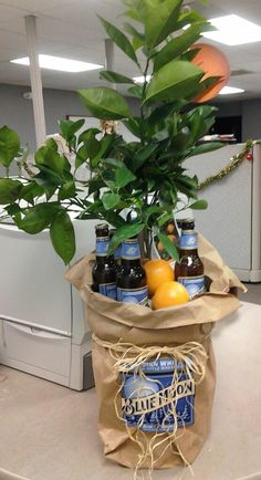 Orange Tree and Blue Moon Gift Bakset blue gift basket, housewarm gift, orang tree, blue moon, gift idea, blues, moon gift, orange gifts, housewarming gifts