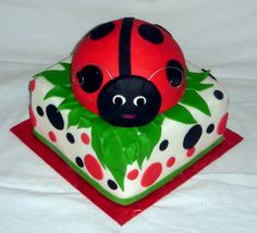 angles, fondant, polka dots, red, bugs, ladybug cakes, girl cakes, ladi bug, parti idea