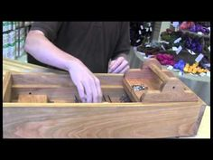 How to use the Mini Box Wool Picker - YouTube