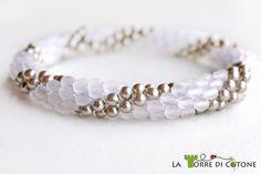 Come creare un #bracciale con #perline all' #uncinetto #faidate #crochet #fattoamano