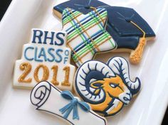 love the cake cutter as class of....
