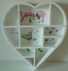 Heart shaped type cases handpainted on pinterest - Kinderkamer decoratie ...