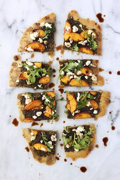 Grain-free Flatbread with Balsamic Basil Pesto, Peaches, Goat Cheese and Arugula / Tasty Yummies