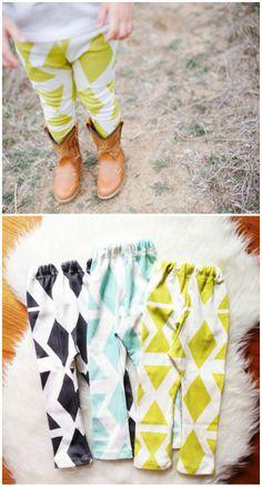 geometric print baby leggings. my favorite.