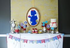 Snow White party - could it get any cuter? silhouett, disney parties, princess birthday, birthday parties, theme parties, princess parti, princess party, birthday party themes, parti idea