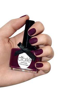 Velvet nails, interesting
