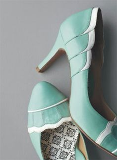 I do love a sea foam shoe!