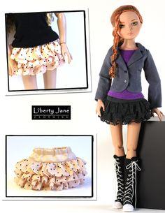 Ellowyne Wilde Skirt Sewing Pattern