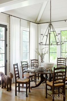 Mix and Chic: Home tour- A chic and elegant family home in Atlanta!