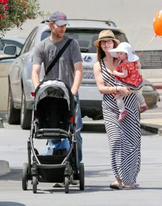 First Glimpse Of Sara Rue's Daughter