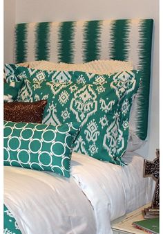 Design Ur Headboard | Teen Girl Dorm Room Bedding the perfect icing to the cake. custom headboard for drom or home. 100s of fabric choices HOT! www.decor-2-ur-door.com