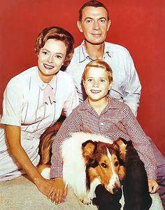1958: Lassie enjoys its fifth season on television.