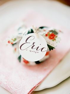 favor packaged in a mini bundle - photo by BrancoPrata - http://ruffledblog.com/porto-romantic-wedding-inspiration/