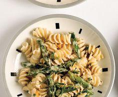 Pasta with goat cheese, lemon, and asparagus                  Pasta with Goat Cheese, Lemon, and Asparagus Recipe   at Epicurious.com