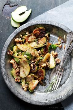 {USA} Brussels Sprouts Salad with Apples and Candied Walnuts