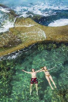 piscinas hechas de piedras losas prefabricadas para casas