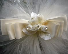 Ivory Pew Bows #wedding