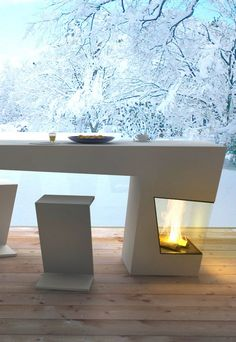 Table & Fireplace