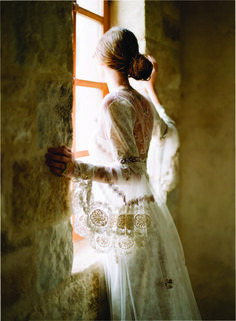 Claire Pettibone 2012 Bridal Collection photographed by Elizabeth Messina