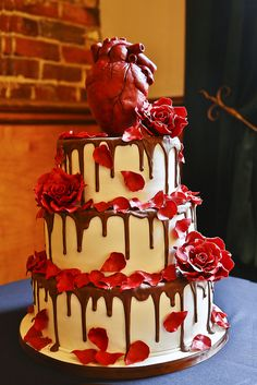 Eat your heart out… of your wedding cake | Offbeat Bride@shdabenblonde what do you think of the cake topper? Dream Wedding Cakes, Cake Design, Flower Cakes, Weddings, Bleeding Hearts, Themed Cakes, Halloween Cakes, Cake Topper, Halloween Parti