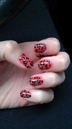 leopard print: http://allyson-in-wonderland.tumblr.com/