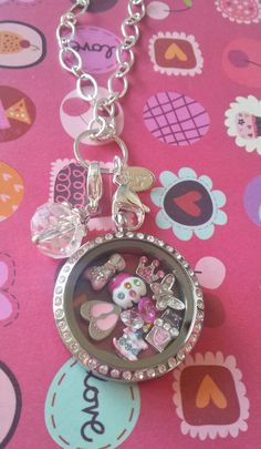 Beautiful Origami Owl Locket  Stephanie Russell www.blingowl.origamiowl.com Mentor ID 44019