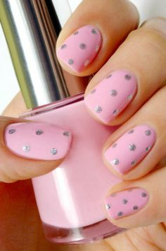 Tutorial: Easy Pink Nail Art With SIlver Dots - Want to do it yourself? Click on the image for the tutorial!