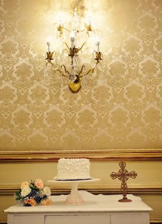 New Orleans Wedding - Bourbon Orleans Hotel. Photos by Stash Photography. 'Kate Buffet' table and porcelain cake plate from Mrs. Vintage Rentals. @Julia Hohne ~ Mrs. Vintage