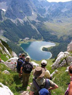 Hiking to Trnovacko Lake in Sutjeska National Park, Bosnia and Herzegovina (by whl.travel).