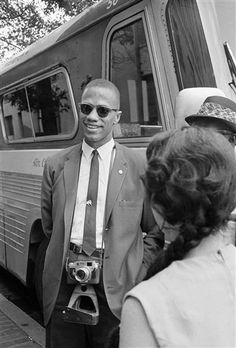 I love learning little personal nuggets about great historical figures. Malcolm X REALLY loved taking photos. How cool would be it be to see an exhibit of his work? Very.