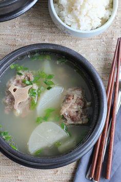 Korean Oxtail Soup (Kkori Gomtang) | Hip Foodie Mom